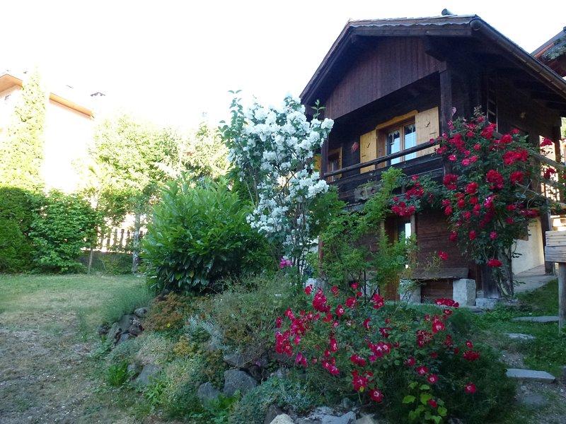 facade et jardin eté
