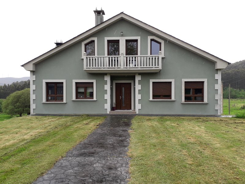Casa en Sargadelos, location de vacances à San Cibrao