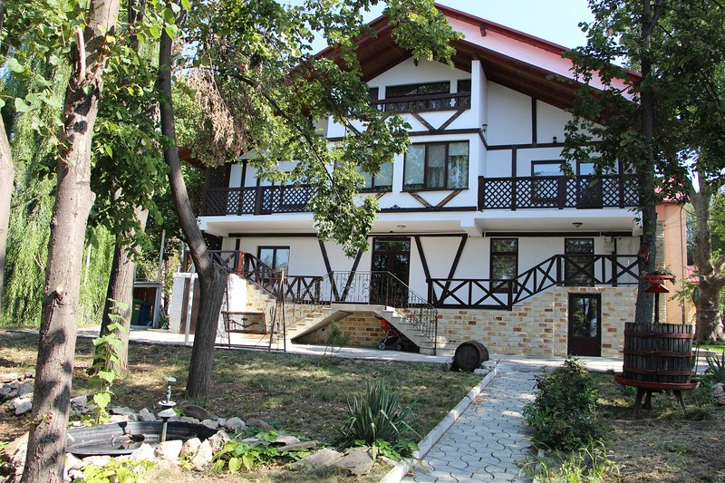 Villa Codru, holiday rental in Ialoveni District