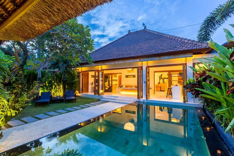 2 Bedroom Villa with private garden and pool