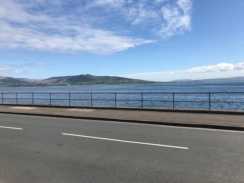 Ivy Court Apartments, vacation rental in Isle of Bute