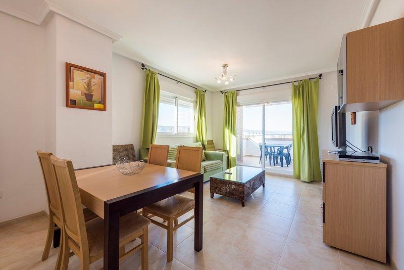 Apartamento de lujo con piscina y garaje en segunda linea de playa – semesterbostad i Oropesa Del Mar