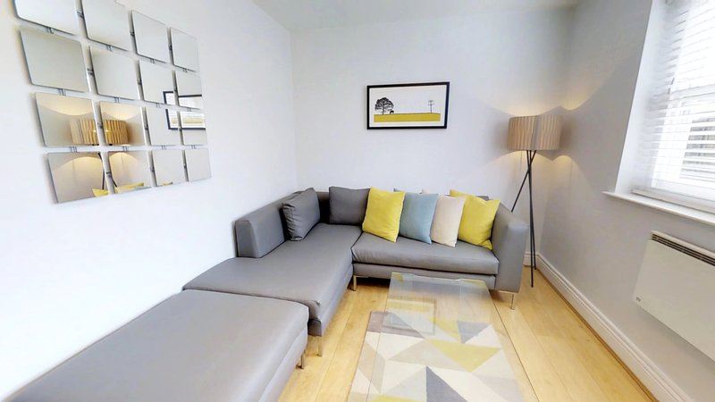 Has Internet Access And Dvd Player Rental In London England Vacation Rentals