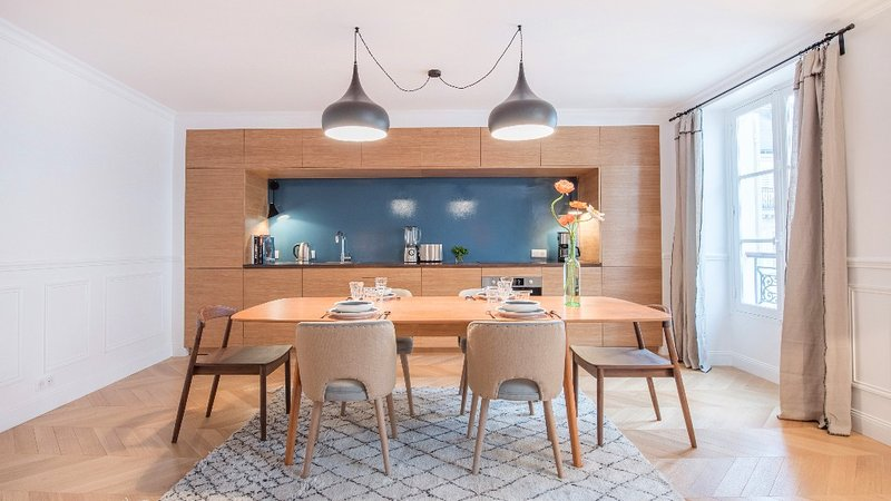 Dining Area and open plan kitchen