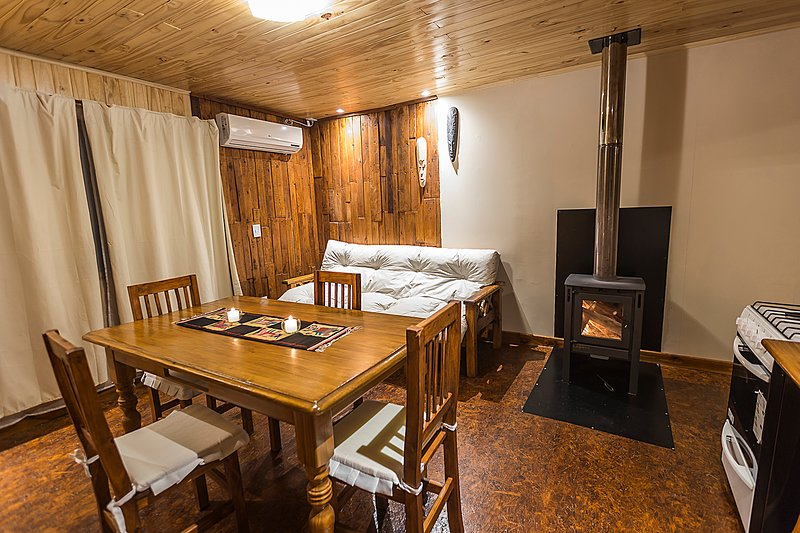 Cabañas San Francisco - Plottier. totalmente equipadas de 2 a 5 pax., vacation rental in Neuquen