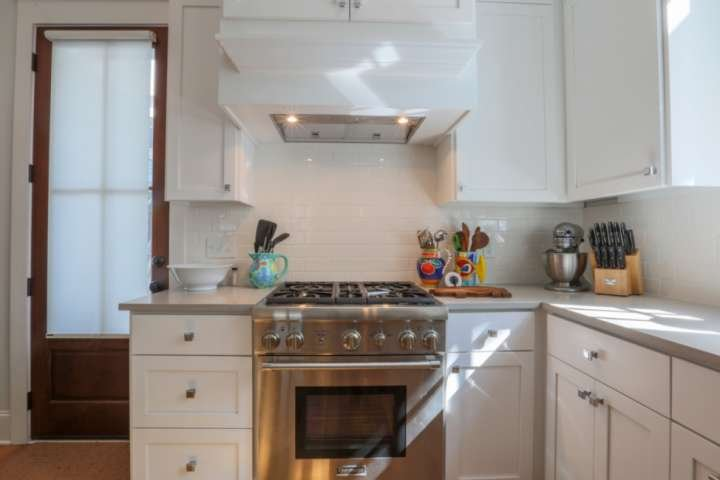 The kitchen is well-equipped with cookware, bakeware and tableware.