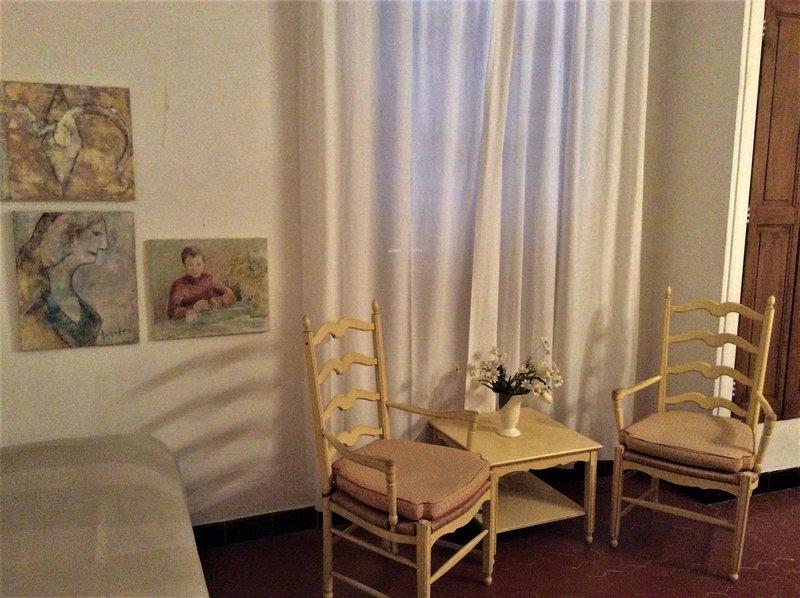camera gialla con letto exra