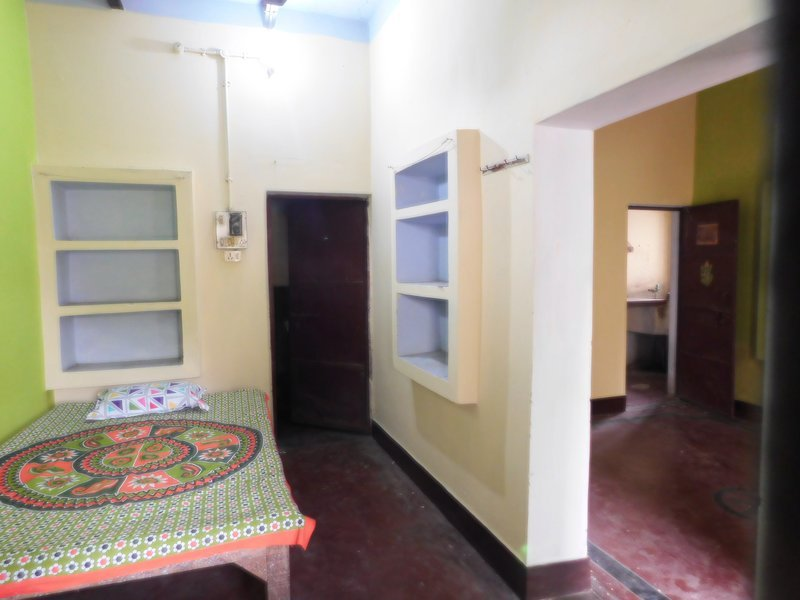 The Green Vintage House 003, holiday rental in Varanasi District