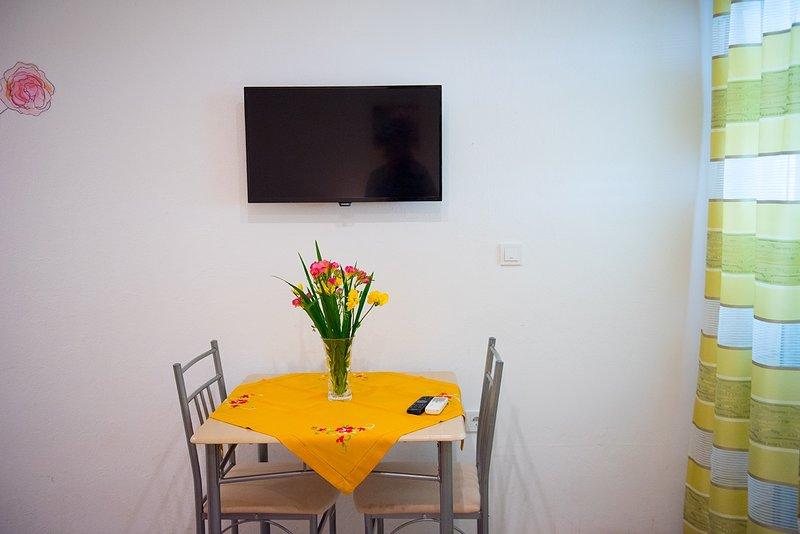R1 (2): soggiorno
