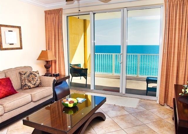 Relax And Enjoy This Tropic Winds 2 2 Condo W Xl Balcony