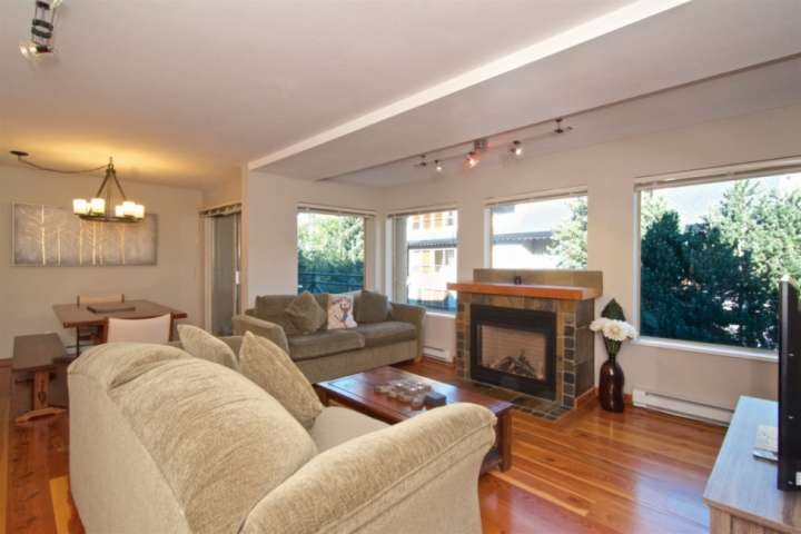 Professionally managed/cleaned by iTrip Whistler: Superb townhouse with View- ac, holiday rental in Whistler
