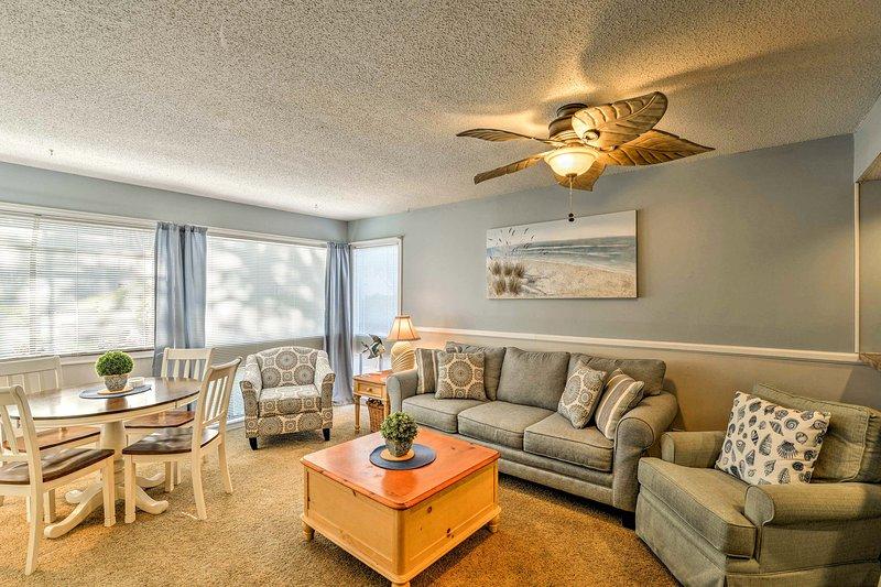 Embrace South Carolina's premier beach destination from this Myrtle Beach condo!