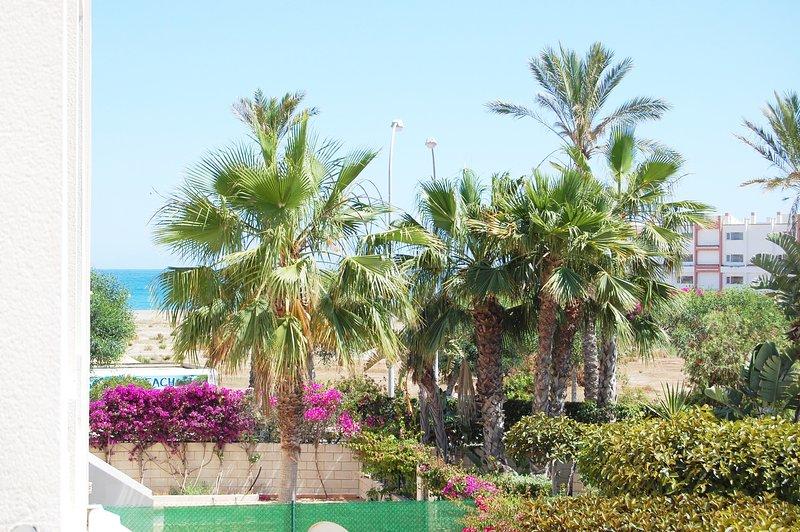 1ª Línea de Playa con Piscina y WiFi, vacation rental in Playas de Vera