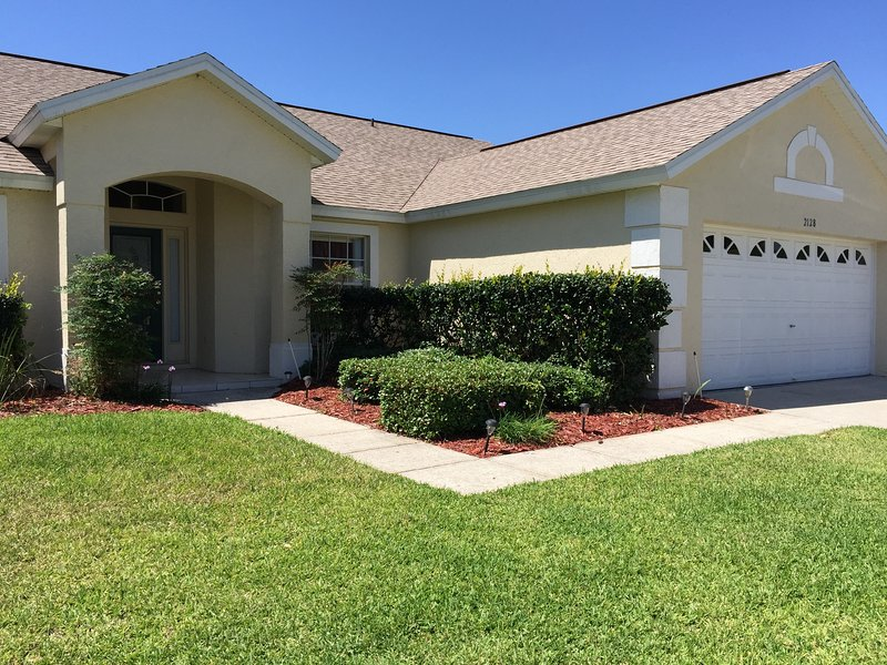 Anne's Florida Villa - Near to Orlando theme parks, Disney  20 mins away. – semesterbostad i Lake County