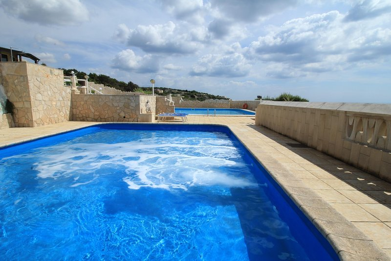 Don Carlos pool residence, vacation rental in Gagliano del Capo
