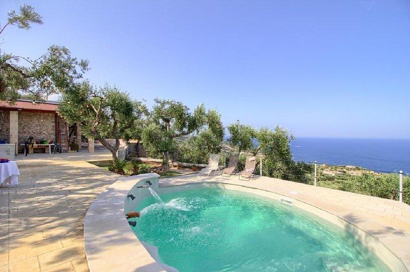 Albachiara pool house, alquiler vacacional en Marina di Novaglie