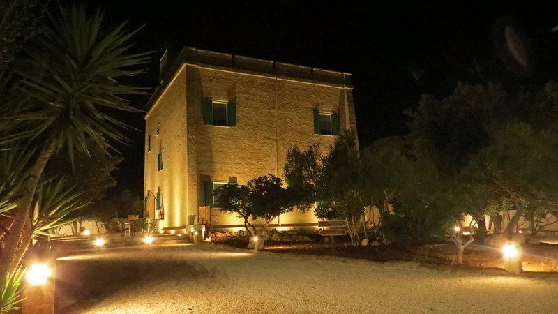 Esclusivi appartamenti fronte mare in Antica Villaporto Cesareo, holiday rental in Torre Lapillo