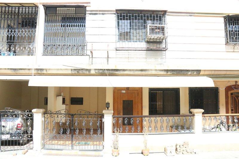 Surat Homestay Villa, vakantiewoning in Surat District