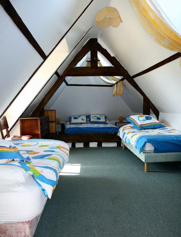 Primera sala de estar piso (1 doble y 2 individuales)