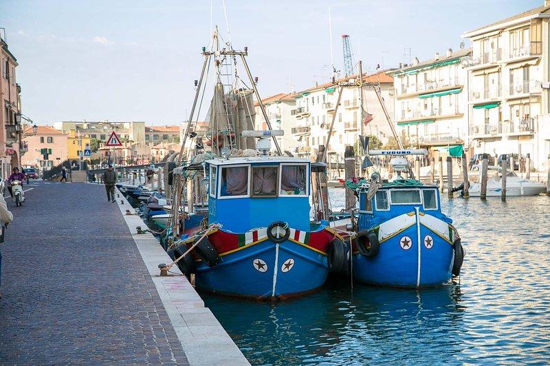 Riva Canal Lombardo, peschereggi