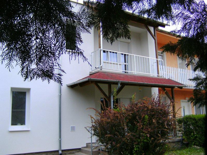 Ferienwohnung -im EG- HORST für 2-5 Personen, holiday rental in Zsira