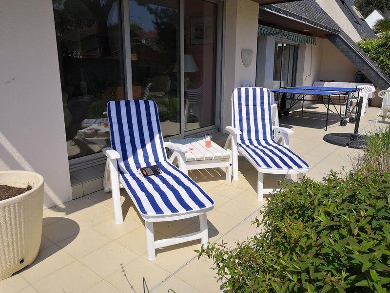 Grande Villa Proche mer et d'Atlantia  6 chambres Jardin Terrasse, holiday rental in La-Baule-Escoublac