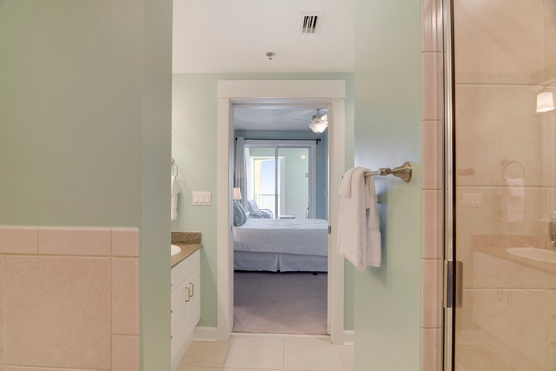 Grand Panama 1806-Master Bathroom