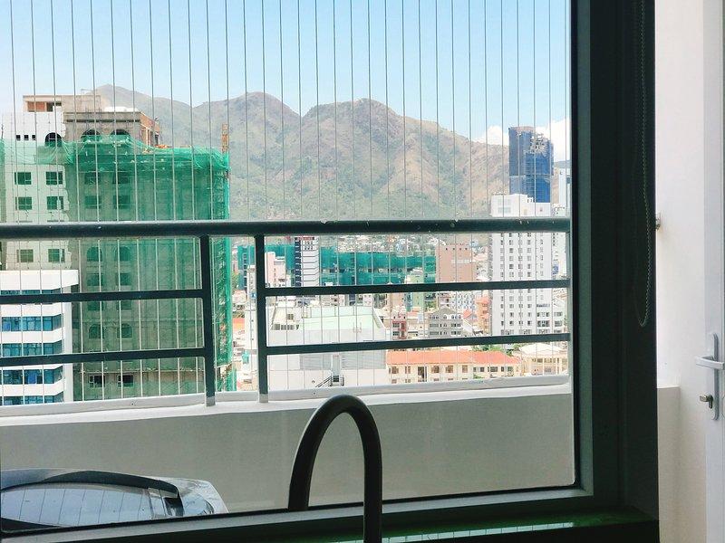 Beautiful Sunshine Beach View Apartment, location de vacances à Nha Trang