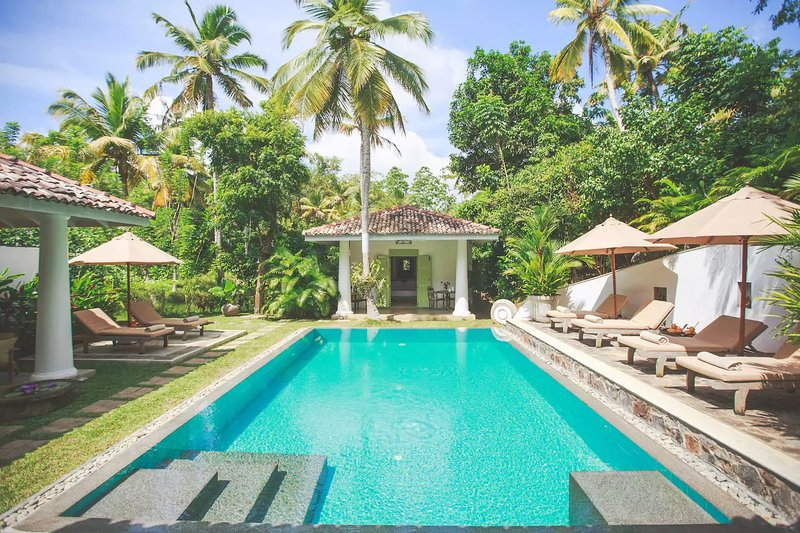 Villas Gabrielle, a luxurious colonial style villa in Ahangama, sleeping 10, holiday rental in Ahangama