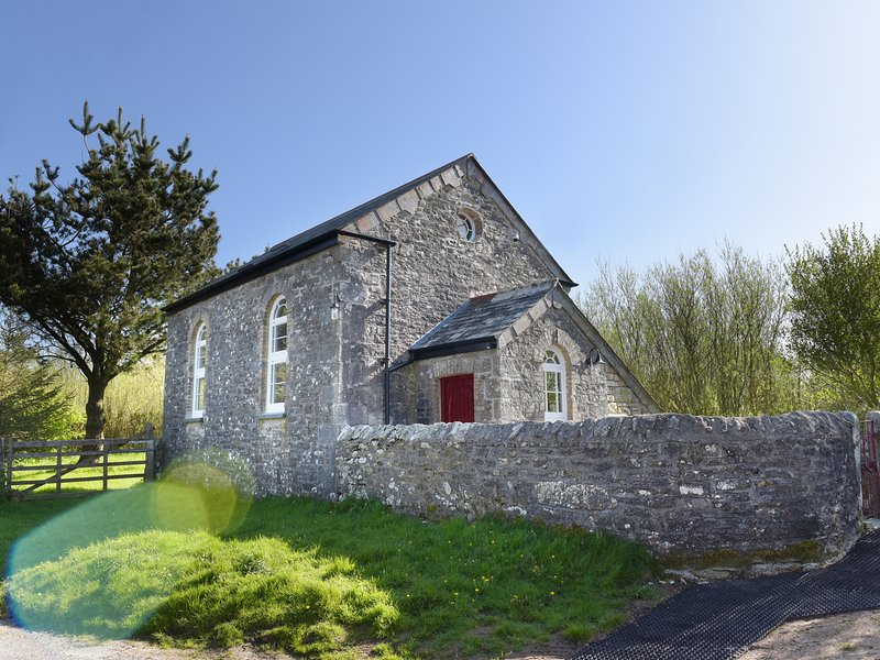 MOOR VIEW CHAPEL, countryside views, near Bodmin Moor, pet-friendly, location de vacances à Camelford
