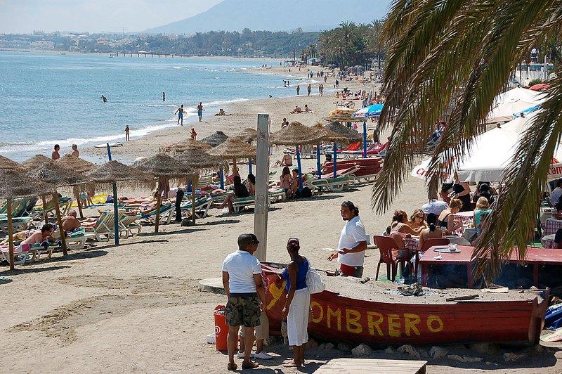 The extensive and sandy Marbella beach has many wonderful beach bar restaurants (chiringuitos)