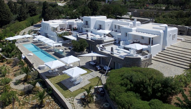 Paros Butterfly Villas Studio 8,common pool,1 in Tripadvisor, location de vacances à Pounta