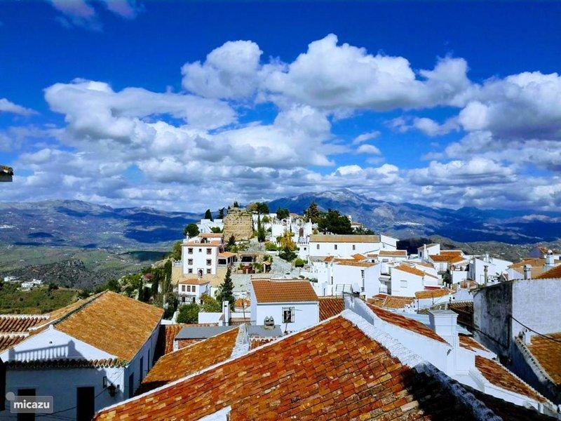 Stunning Comares Village!
