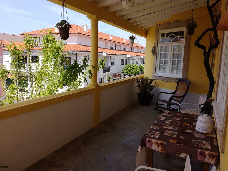 Casa Amarela, location de vacances à Cortegaca