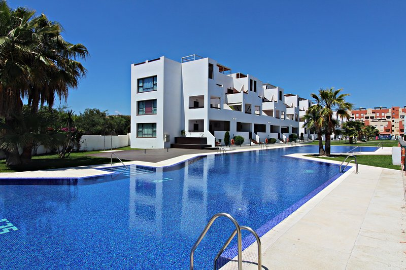 Alborada - 150m playa, WiFi, SAT TV, vacation rental in Vera