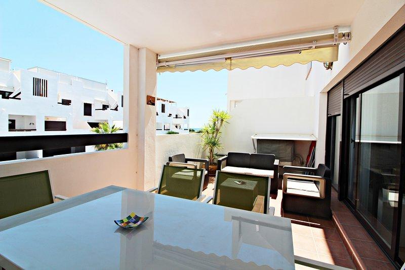 Alborada 247 - 150m playa, vistas al mar, terraza, piscina comunitaria, alquiler vacacional en Palomares