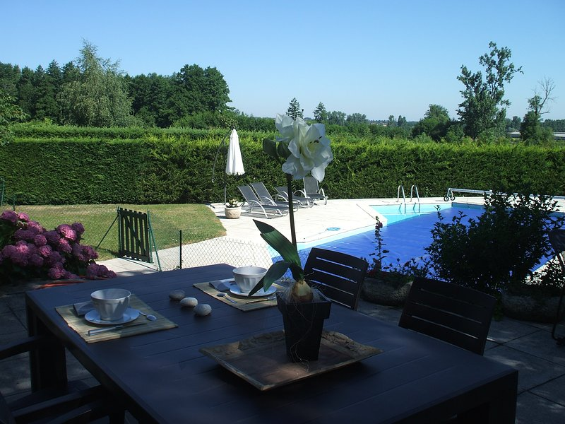 Les Varennes chambre2, holiday rental in Roanne