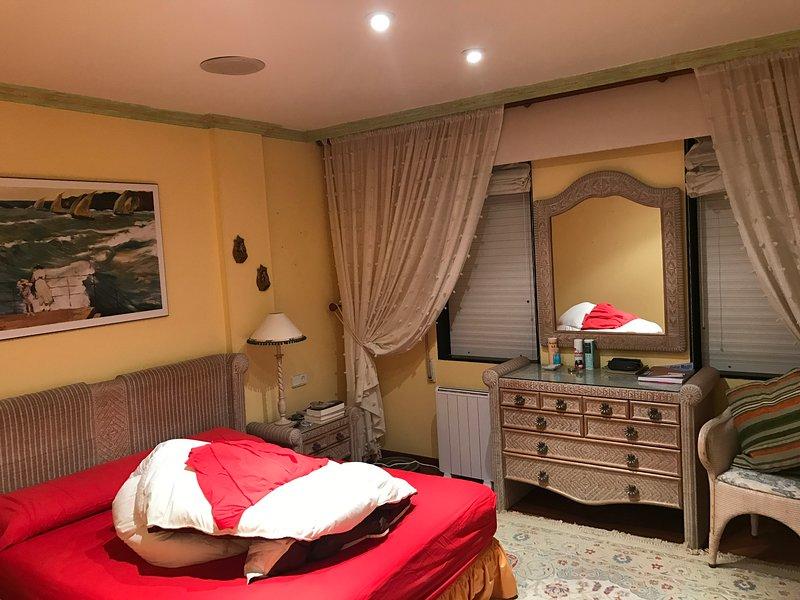 Piso en San Vicente Do Mar, holiday rental in O Grove