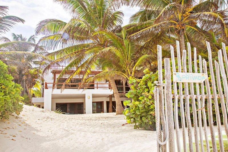 Ultimate Beach Villa Casa Carolina Tulum, vacation rental in Tulum