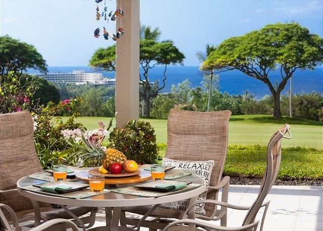 Country Club Villas#115 Ground Floor, Incredible Oceanview, Spacious Lanai,, holiday rental in Honalo