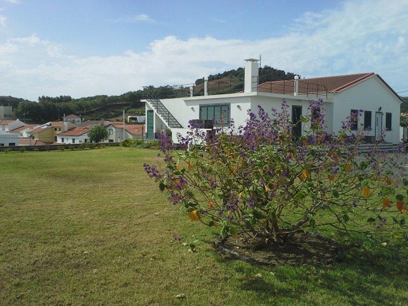 Villa a 2 km do centro, alquiler vacacional en Livramento
