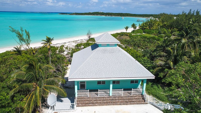 Sand Nickels Hoopers Bay Beachfront Villa, holiday rental in Great Exuma