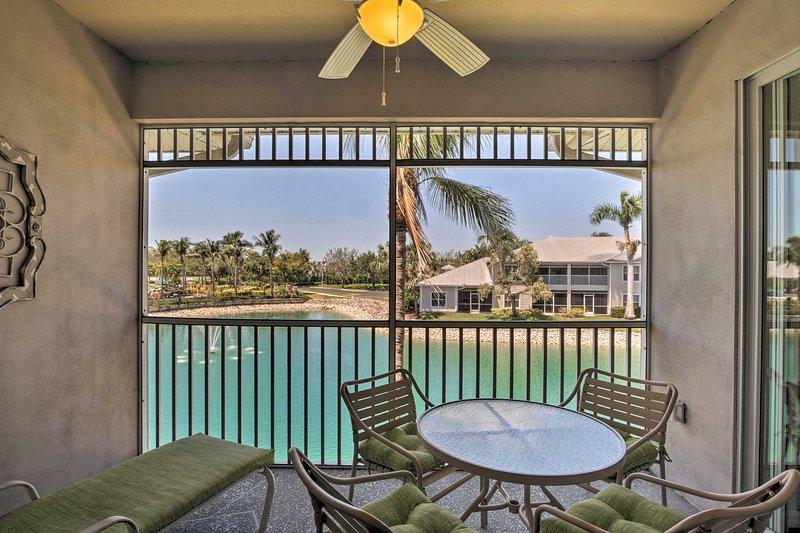 Entdecken Sie das Paradies in diesem schönen Green Golf Villas at Lely Resort Wohnung!