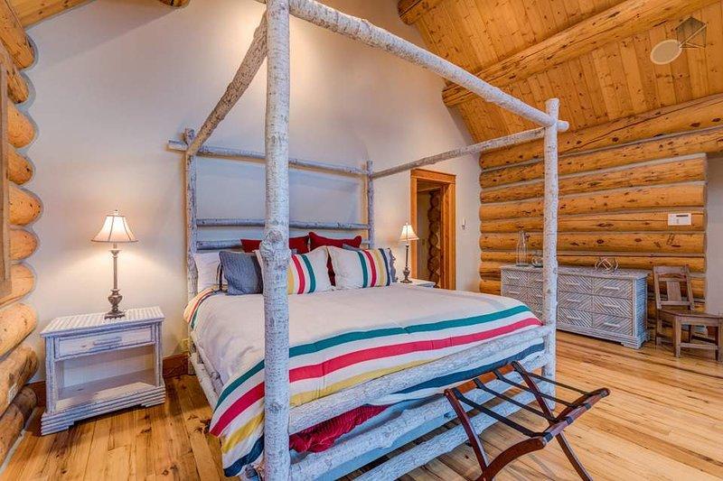 Locken Sie in diesem komfortablen Bett und fällt in einen tiefen Schlaf.