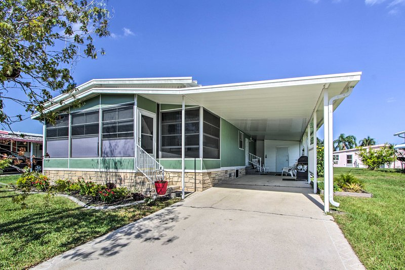 Tomar el sol en este, 2-BA casa de alquiler vacacional de 2 BD en West Melbourne.