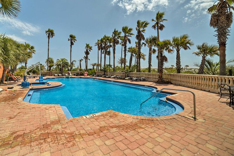 Swim in the pool after strolling the Quietwater Boardwalk 10 minutes away!