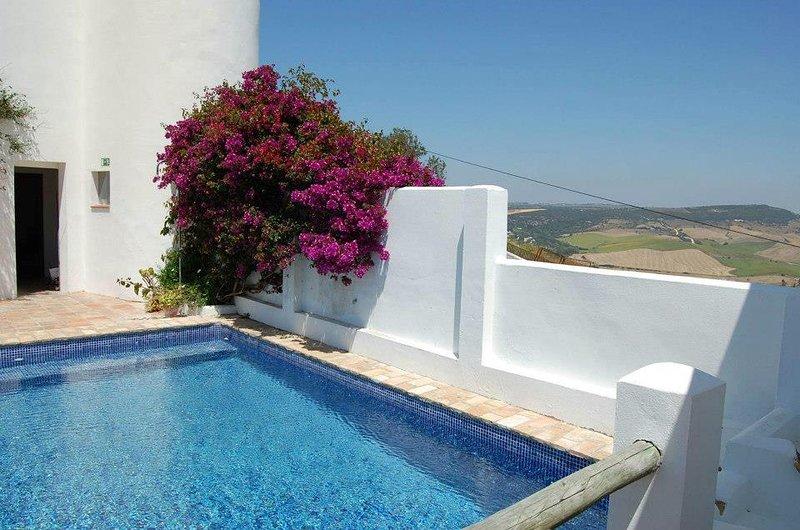 La Galbana, apartamentos rurales con piscina1, location de vacances à Vejer de la Frontera