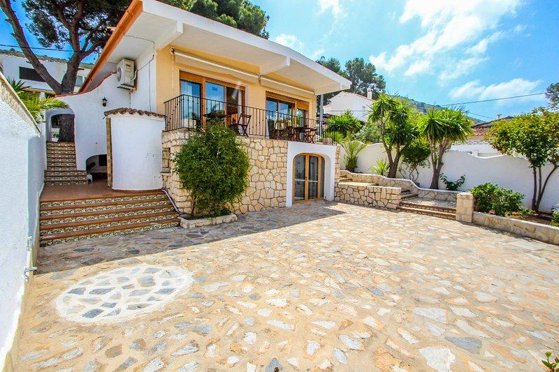 Pedro - two story holiday home villa in El Portet, holiday rental in La Llobella