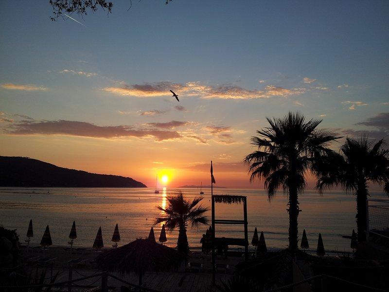 Coucher de soleil sur le golfe de Procchio