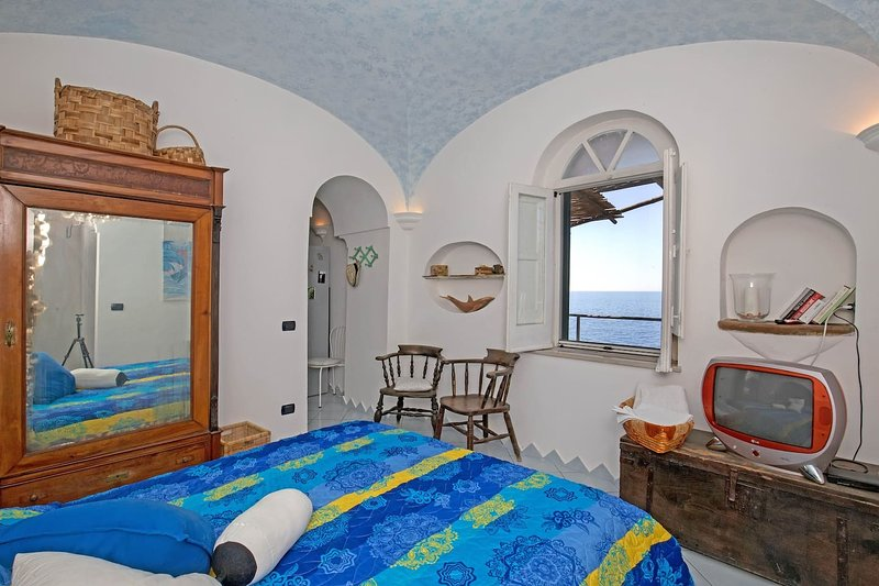 The bedroom, sea view for a relax for two